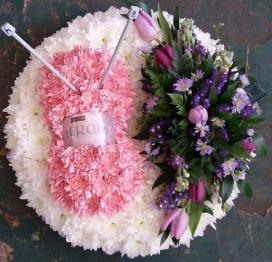 Ball of Wool & Knitting Needles Tribute